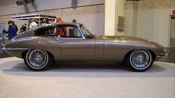 1961 Jaguar Series 1 E Type XKE 3.8 Litre Fixed Head Coupe Left Hand Drive in Opalescent Bronze 0011